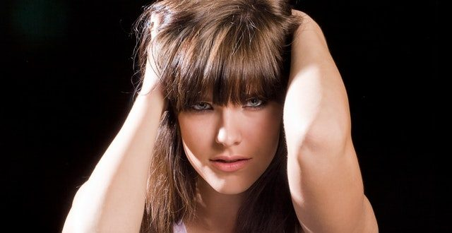 How To Get Rid Of Dandruff: Top 10 Natural Home Remedies